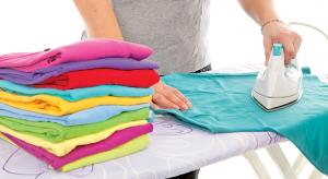 6 روش صحیح برای اینکه عمر لباس هایتان را زیاد کنید
